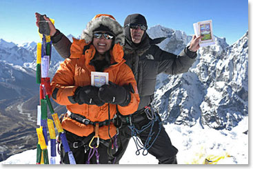 Denio and Raquel stand atop Lobuche Peak.