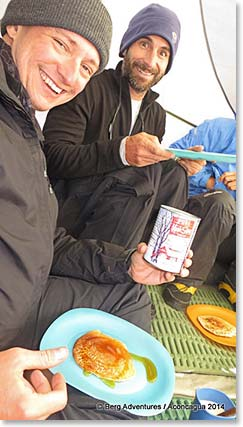 Enjoying pancakes and Canadian maple syrup at 4,910m(16,108ft)!