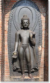 The statue of Dipanker Budda