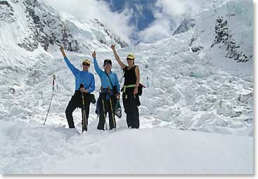 Cami with her friends from California on the BAI Everest Base Camp trek