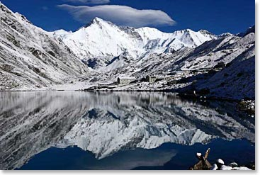 Arriving to incredible views in Gokyo