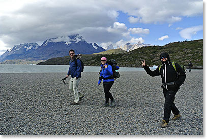 Hiking along the lake in Torres del Paine